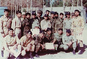 65th Airborne Special Forces Brigade (Iran) - Group photograph of members of the 65th Airborne Special Forces Brigade together with members of the 55th Airborne Brigade of Shiraz