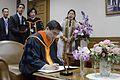 นายกรัฐมนตรี เข้ารับพระราชทานปริญญาปรัชญาดุษฎีบัณฑิตกิ - Flickr - Abhisit Vejjajiva (5).jpg