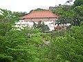 山上的廟宇(士林捷運站裡看得到) - panoramio.jpg