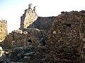 066 Castell de Montsoriu, pati d'armes, restes de la capella romànica.jpg