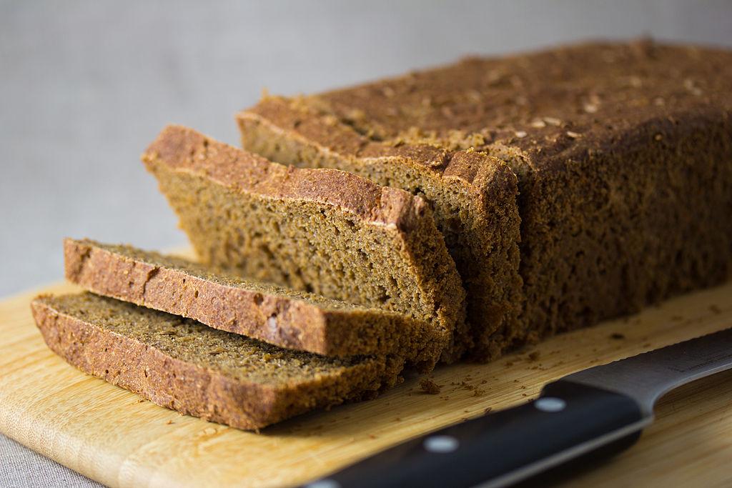 100% Rye Bread (5752657009)