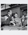 11-01-1954 12883A Audrey Hepburn en Mel Ferrer (4087503302).jpg