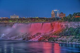 American Falls - Image: 15 23 1024 niagara