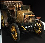 1897 Panhard & Levassor M2F 6CV at 2014 Mondial de l'Automobile de Paris.jpg