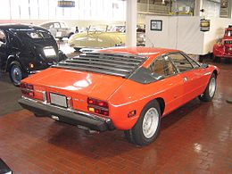 1976LamborghiniUrracoP300-rear.jpg