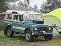 1985 Land Rover 110 County (39887330091).jpg
