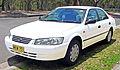1997-2000 Toyota Camry (MCV20R) CSi sedan 04.jpg
