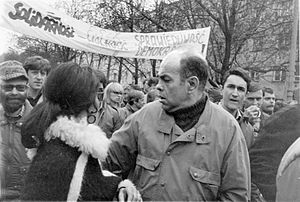 Jacek Kuroń - 1 May 1989, demonstration day with the participation of the opposition and Jacek Kuroń