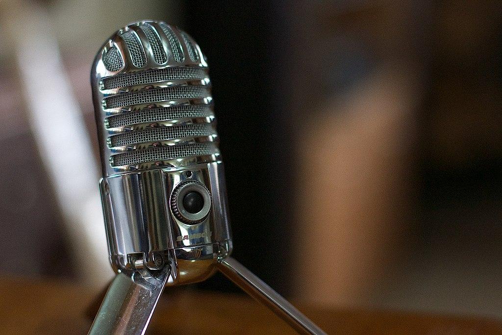 2016-366-23 Please Speak Into the Microphone (24465293462)