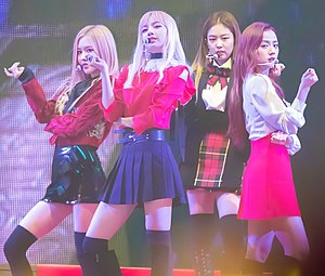 Black Pink - Black Pink performing at the 8th Melon Music Awards on November 29, 2016.