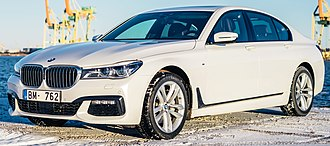 BMW 7 Series (G11) - Image: 2016 BMW 7 Series (G11) sedan, front view