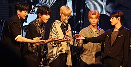 DAY6 ketika di acara DAY6 Live & Meet in Taiwan 2017