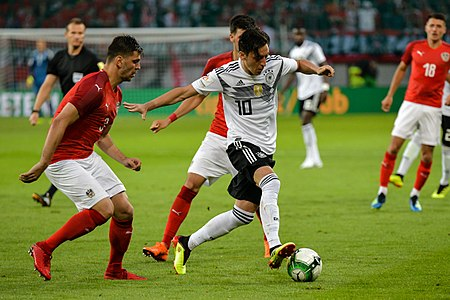20180602 FIFA Friendly Match Austria vs. Germany Mesut Özil 850 1040.jpg