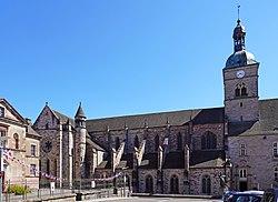 2020-08 - Basilique Saint-Pierre de Luxeuil-les-Bains - 01.jpg