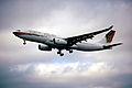 95ei - Gulf Air Airbus A330-243; A4O-KE@LHR;01.06.2000 (4815171305).jpg