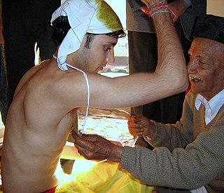 Upanayana Hindu rite of passage that marks a students acceptance by a guru