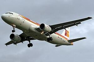 Airbus A320-214 Iberia EC-IZR (7053026255).jpg