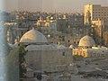 Aleppo (Halab), Blick auf die Altstadt vom Hotel Mirage Palace (vorm. Amir Palace) (38674534472).jpg