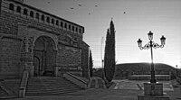 Amanecer en la iglesia de Peraltilla.jpg