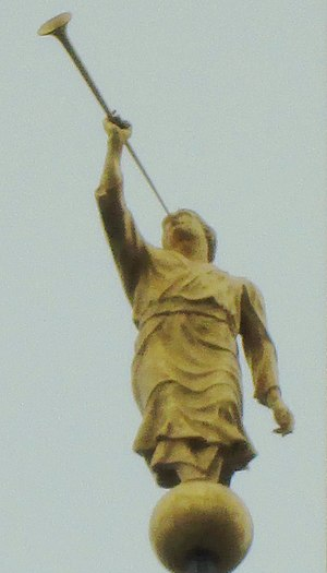 Manhattan New York Temple - The statue of the Angel Moroni atop the building (December 2016)