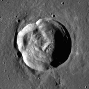 Arago (lunar crater) - Image: Arago (LRO)