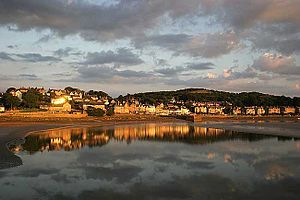 Arnside and Silverdale - The village of Arnside on the Kent estuary, with Arnside Knott behind