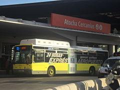 Autob%C3%BAs l%C3%ADnea Expr%C3%A9s Aeropuerto EMT Madrid