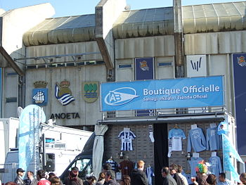 English: Aviron Bayonnais rugby team in Anoeta...
