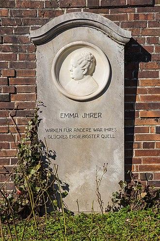 Emma Ihrer - Emma Ihrer's grave on the Zentralfriedhof Friedrichsfelde in Berlin