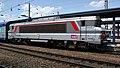 BB 15059 en tête d'une TER 2N à Amiens.JPG