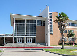Ball High School - Image: BHS Galv Entrance