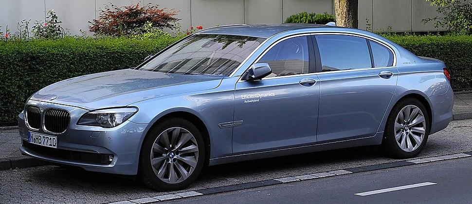 BMW ActiveHybrid 7 L (F02) %E2%80%93 Frontansicht, 26. Juni 2011, Ratingen