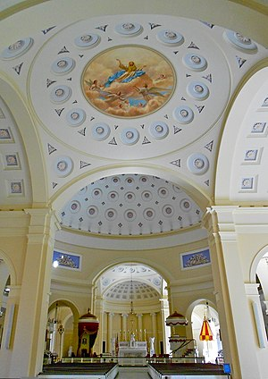 Basilica of the National Shrine of the Assumption of the Blessed Virgin Mary (Baltimore) - Looking toward the altar