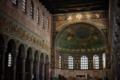 Basilica di Sant'Apollinare in Classe, Ravenna (interno).png