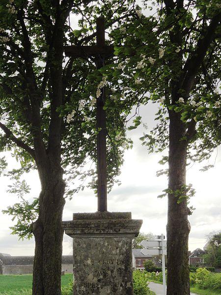 Besny et Loizy (Aisne) croix de chemin
