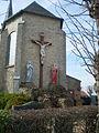 Bierne - Calvaire de l'église.JPG