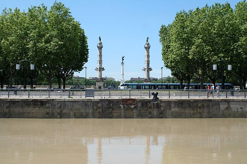 File:Bordeaux - Place des Quinconces.jpg