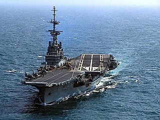 Fleet carrier aircraft carrier designed to operate in the main fleet of a country