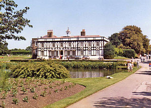 Broomfield House - Broomfield House in 1981, before the fires