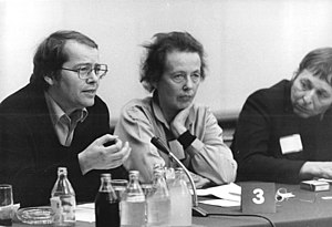 Ruth Berghaus - Director Ruth Berghaus (center), author Volker Braun (left) and sculptor Wieland Förster in Berlin 1981.