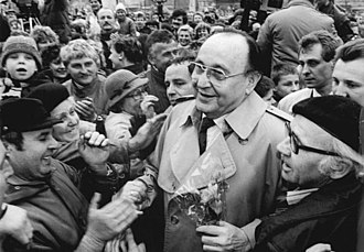 Hans-Dietrich Genscher - Genscher in the GDR, 1990