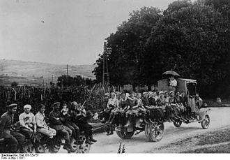 Women in World War I - German women in 1917, working as assistants to the war effort