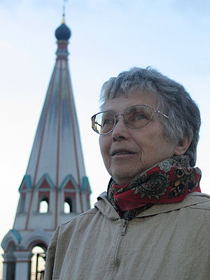 "Natalya Gorbanevskaya - Gorbanevskaya at the balcony of the library ""Russian abroad"" (Русское Зарубежье), Moscow, 19 September 2005"