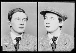 Bonnot Gang - Image: CALLEMIN attitude trois quarts casquette
