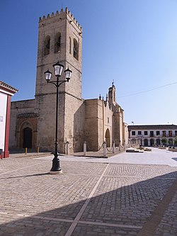 Campanario (ss. XIV-XV).jpg