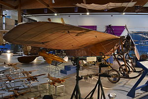 Caproni Ca.9 front-side view.JPG