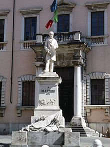 cantanti italiani omosessuali Cagliari