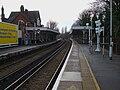 Carshalton station look southbound2.JPG