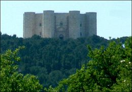 Casteldelmontertp.jpg