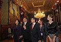 Cena de Estado que en honor del Excmo. Sr. Xi Jinping, Presidente de la República Popular China, y de su esposa, Sra. Peng Liyuan (8960381790).jpg